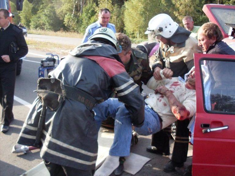 Как оказать первую медицинскую помощь пострадавшим при аварии