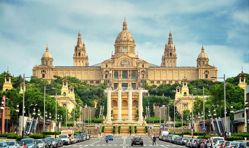 Гора Монжуик в Барселоне: как добраться, интересные места