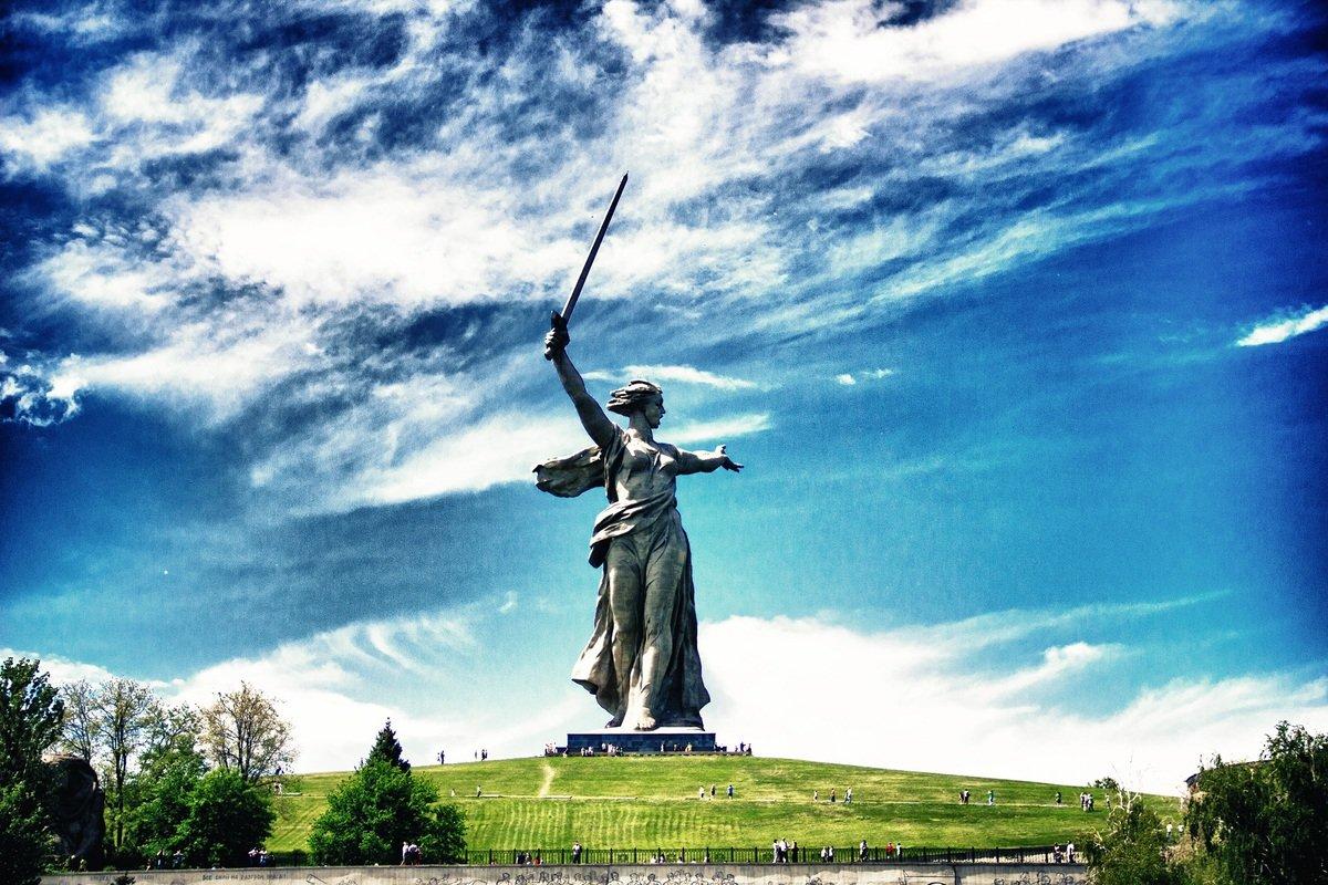Известные памятники Мамаева Кургана в Волгограде