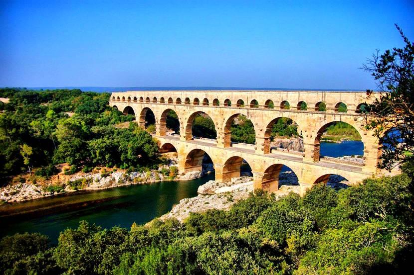 Акведук Пон-дю-Гар - история и описание