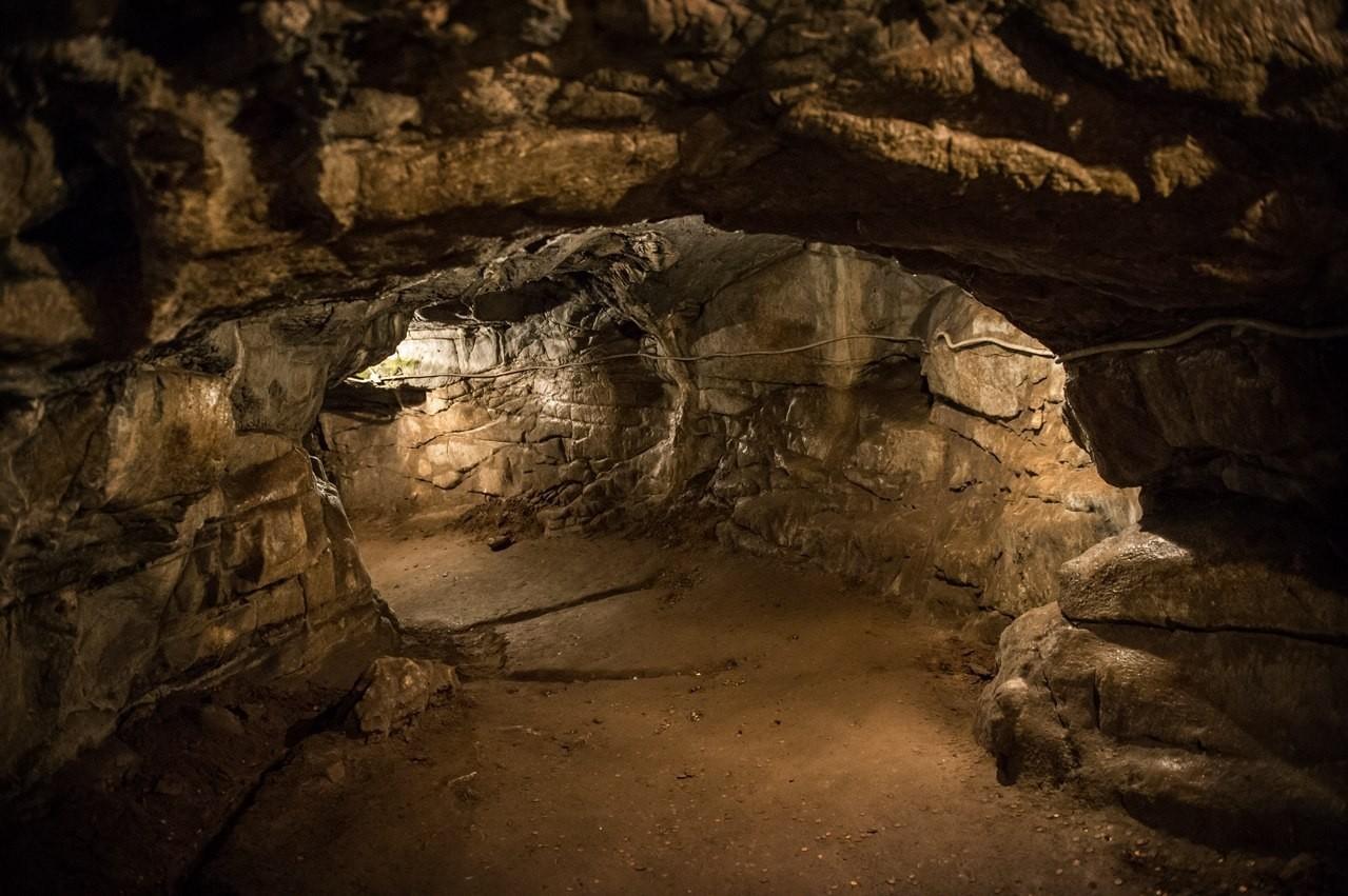 Музейная пещера на Алтае