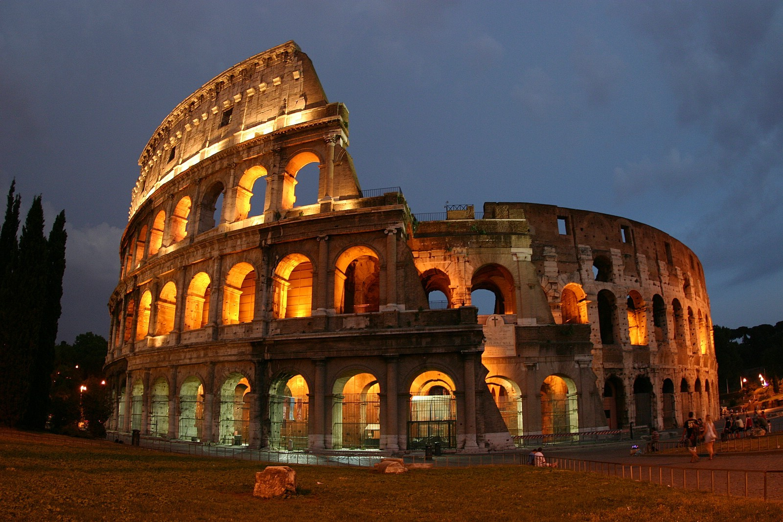Колизей в Риме - описание и история амфитеатра