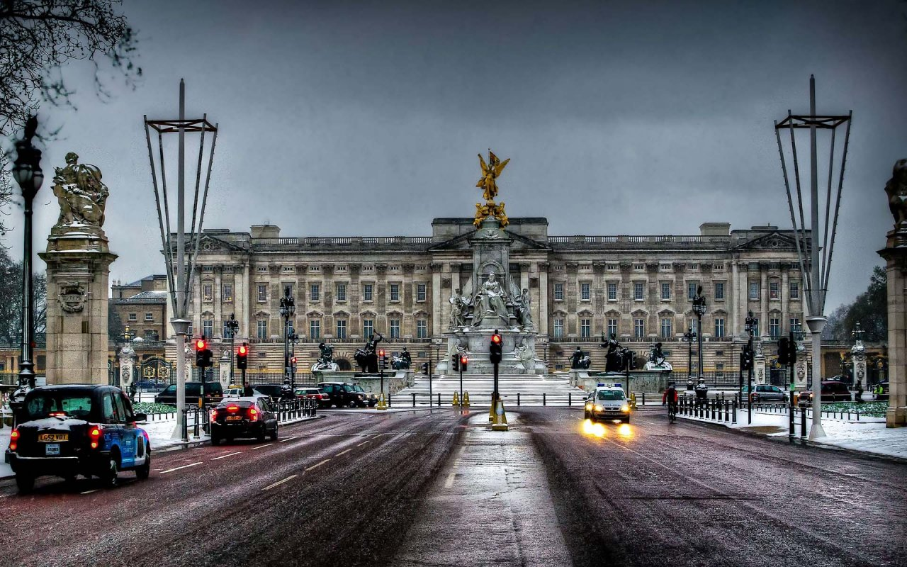 Букингемский дворец - описание, факты, местонахождение