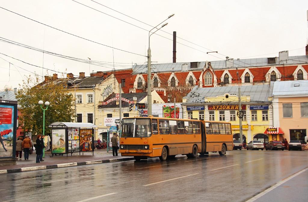 Транспорт на площади