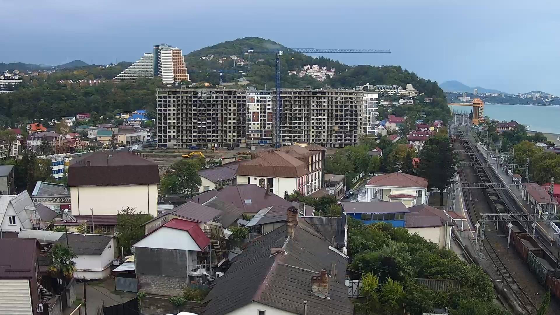 Вебкамера на строй площадке ЖК «Каравелла Португалии», панорама на фоне Дагомыса