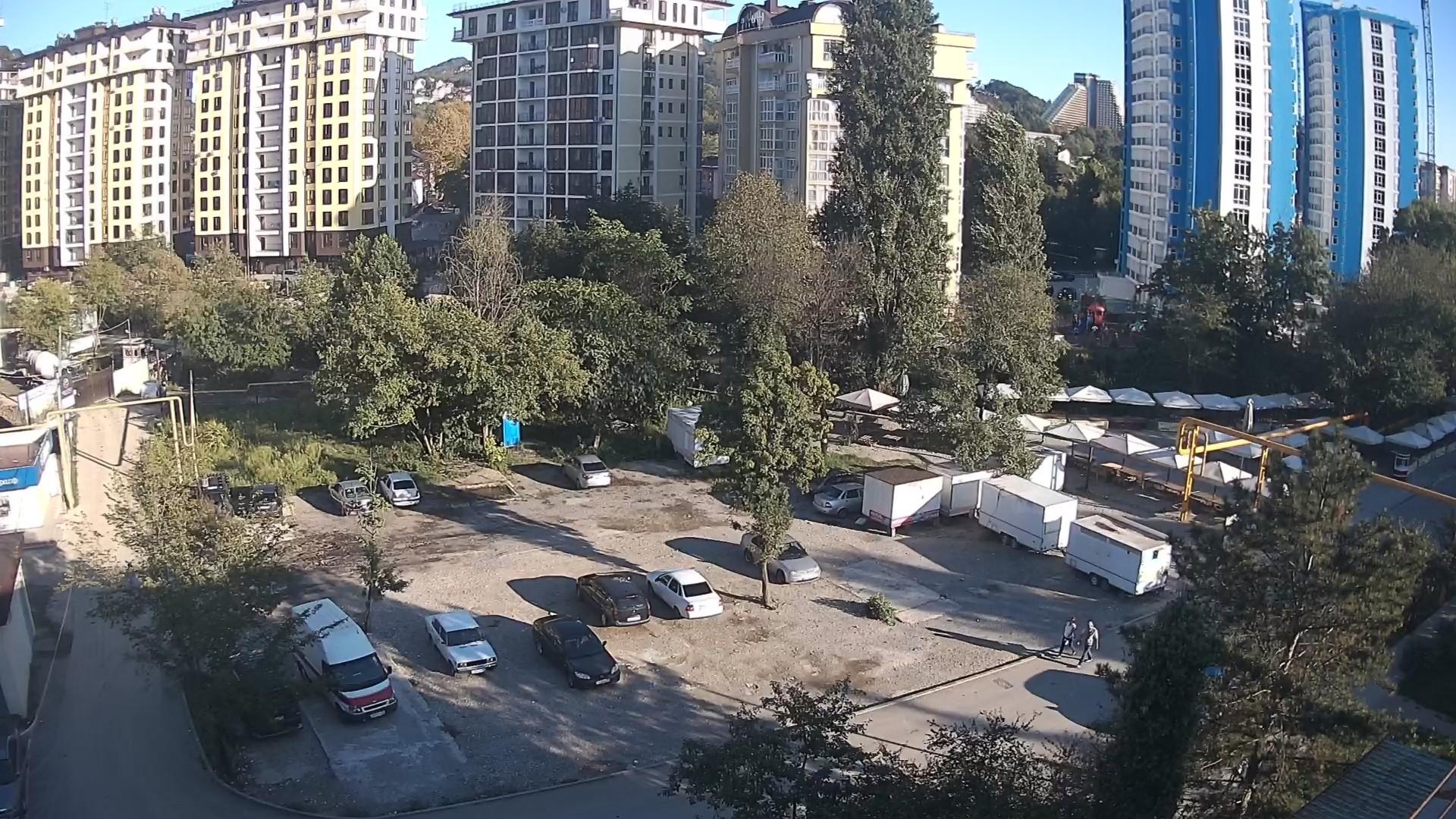 Вебкамера на ул. Армавирская 100, ярмарка пос. Дагомыс