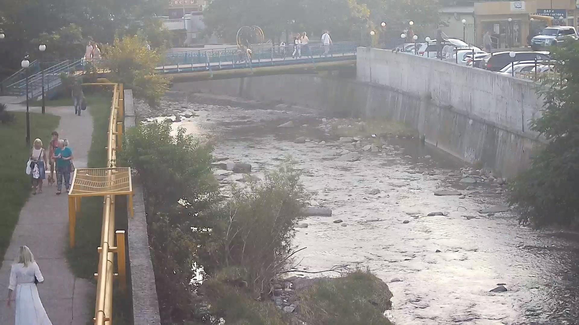 Вебкамера в Дагомысе, мост через реку «Восточный Дагомыс»