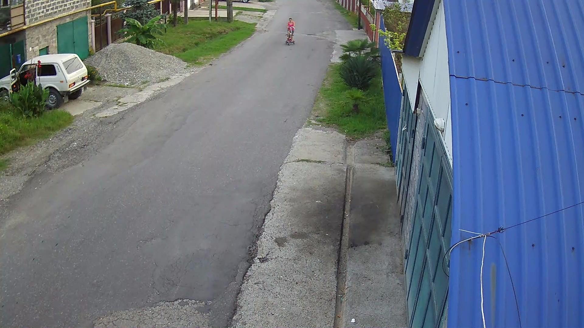 Вебкамера в пос. Волковка, ул. Космическая, мкр. Дагомыс