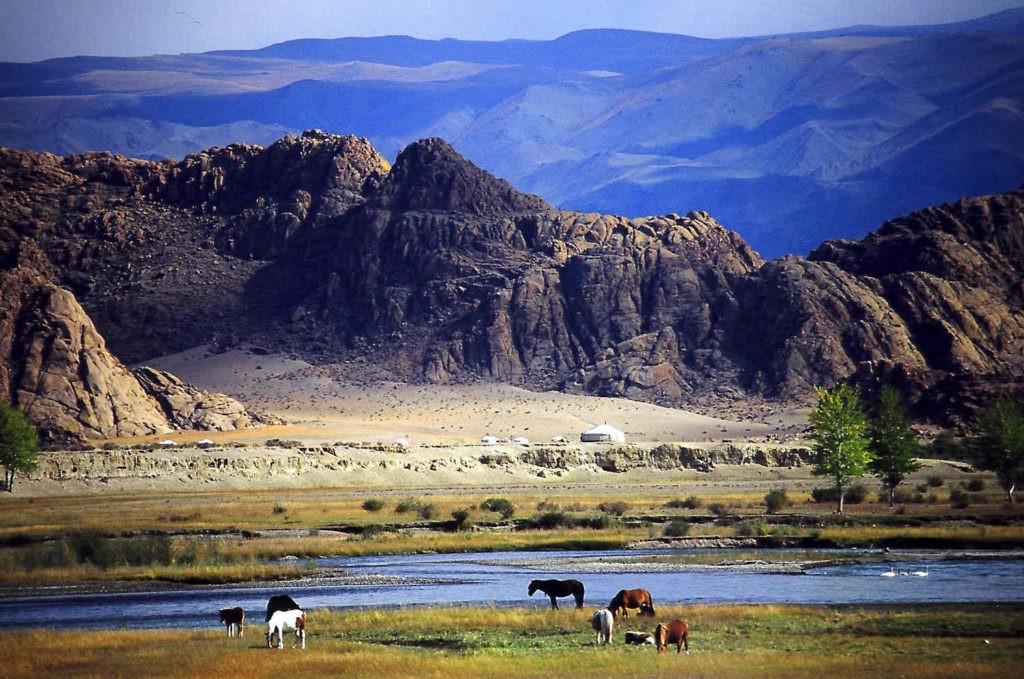 Монголия фото