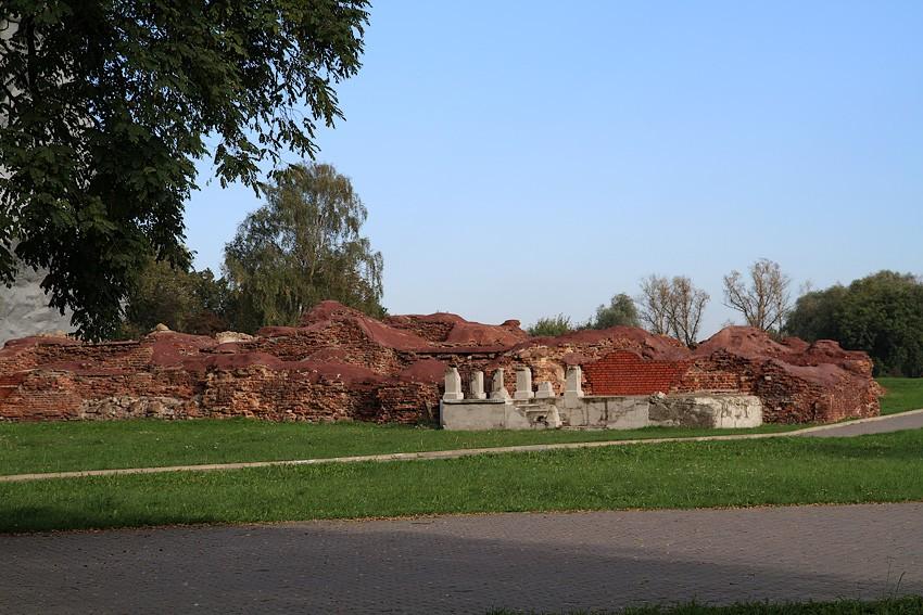 остатки здания Инженерного управления