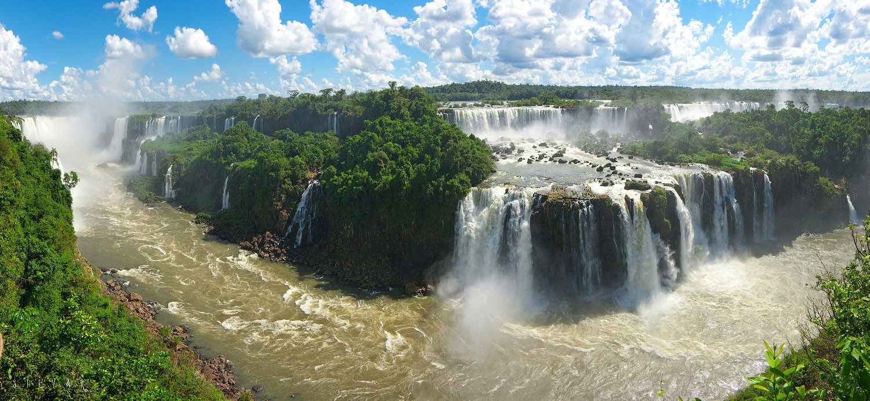 Водопад Игуасу в Аргентине