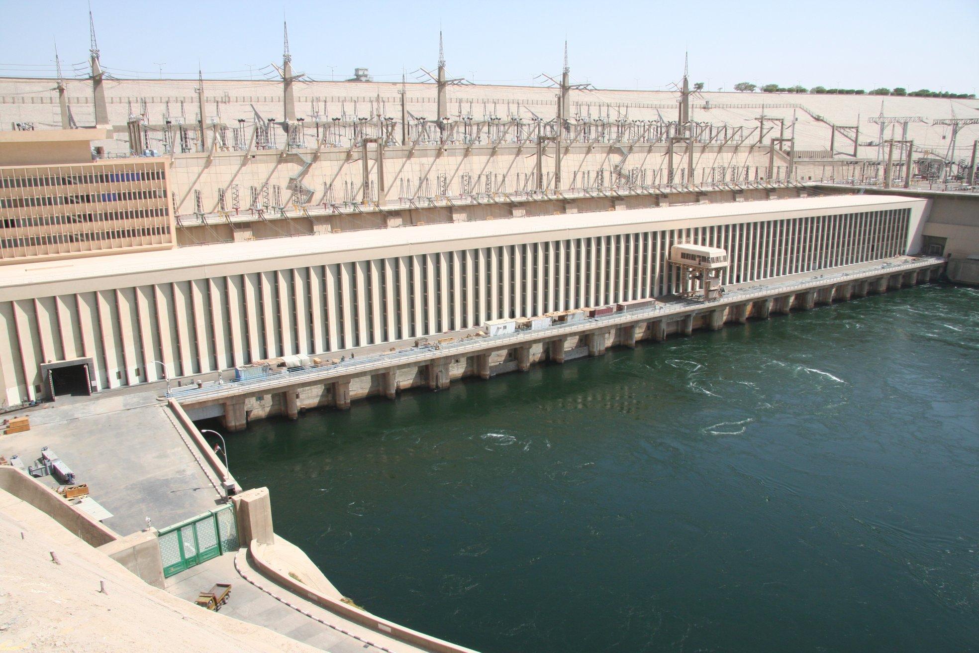 Асуанская ГЭС в Египте