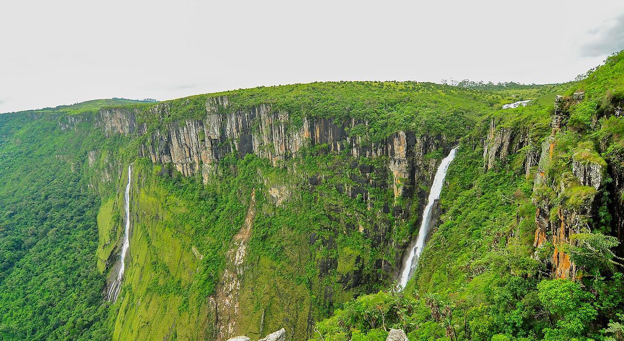Водопад Мутарази Зимбабве