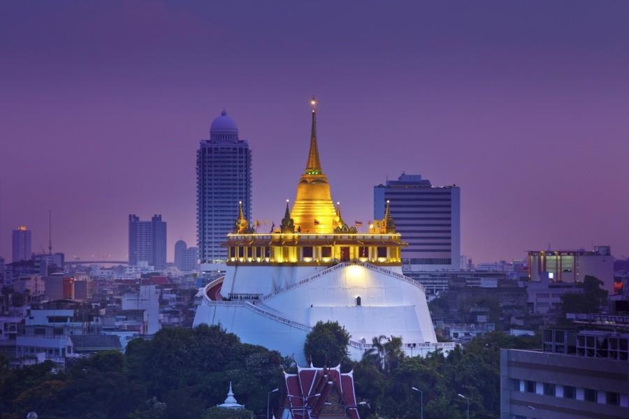 Храм золотой горы в Бангкоке фото