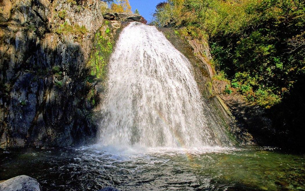 Корбу водопад