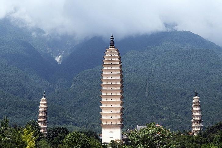 Три пагоды храма Чуншэна