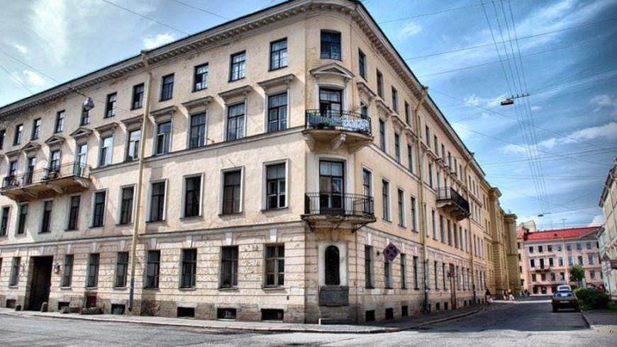 Гоголь и Достоевский в городе на Неве - экскурсии