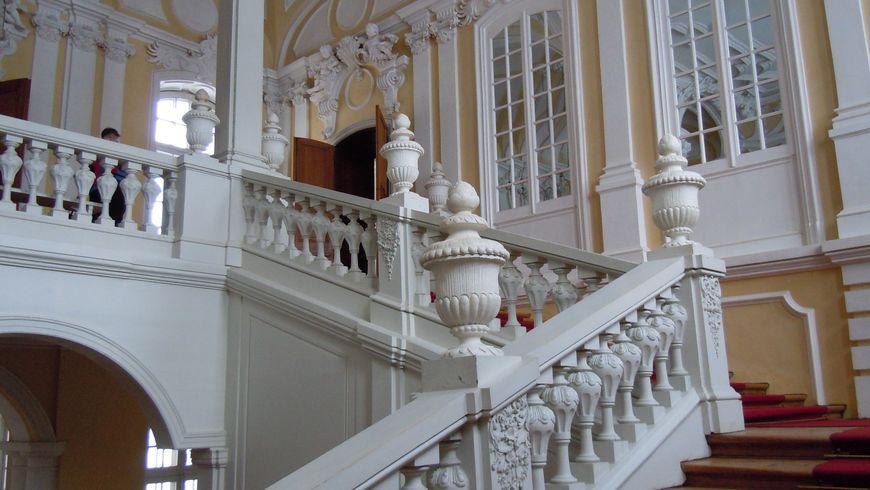 Рундальский дворец - экскурсии