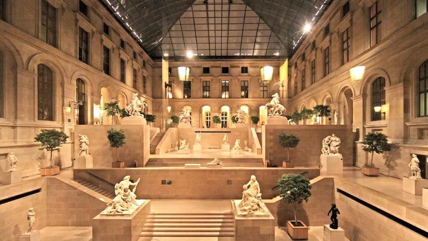 Второе посещение Лувра. Вечерняя прогулка по музею - экскурсии