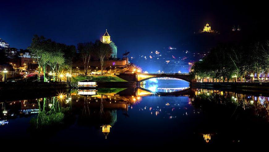 Мерцающий огнями Тбилиси - экскурсии