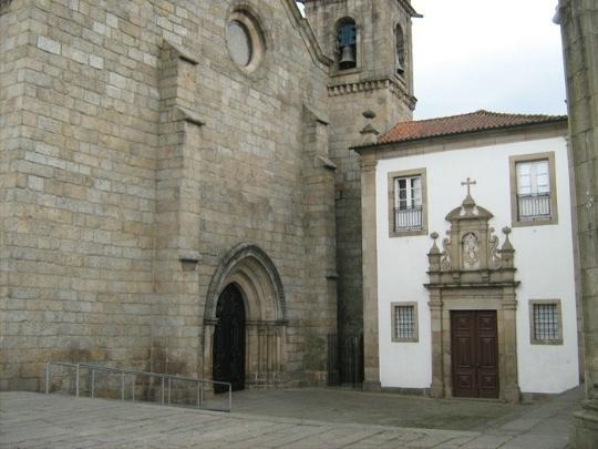 Монастырь и церковь Сан-Франсишку