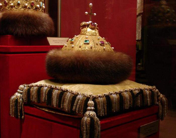 Оружейная палата шапка Мономаха