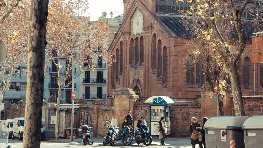 Вдоль проспекта Диагональ — Барселона глазами местных жителей - экскурсии