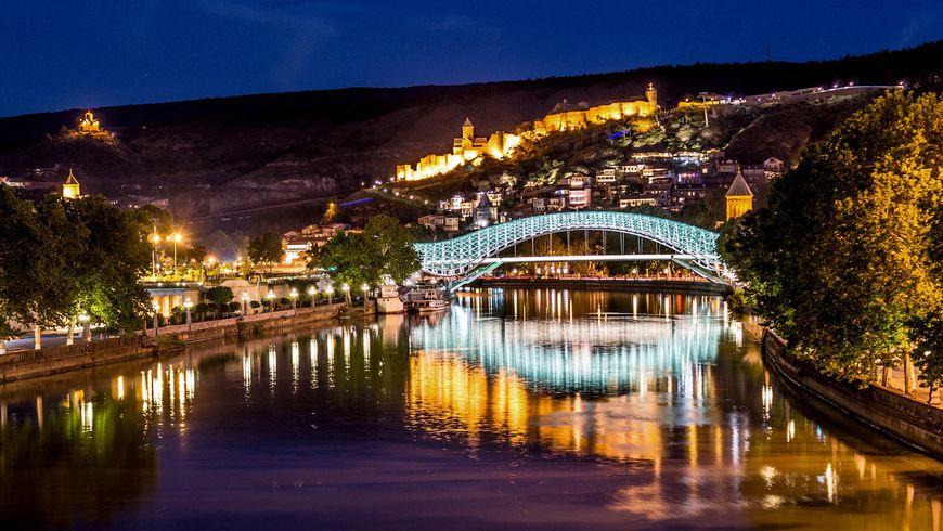 Панорамы вечернего Тбилиси - экскурсии