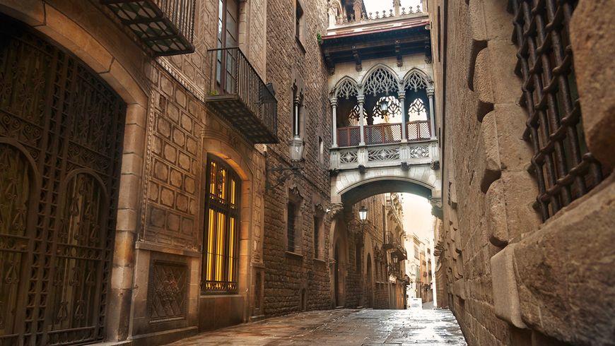 Таинственные лабиринты готического квартала - экскурсии