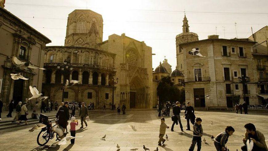 Центр Валенсии и испанский язык за 3 часа - экскурсии