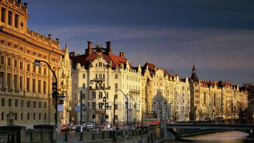 Трансфер + экскурсия по главным местам чешской столицы - экскурсии
