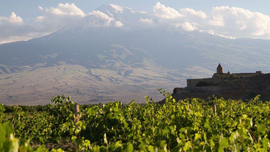 Хор Вирап и Нораванк — христианское наследие Армении - экскурсии