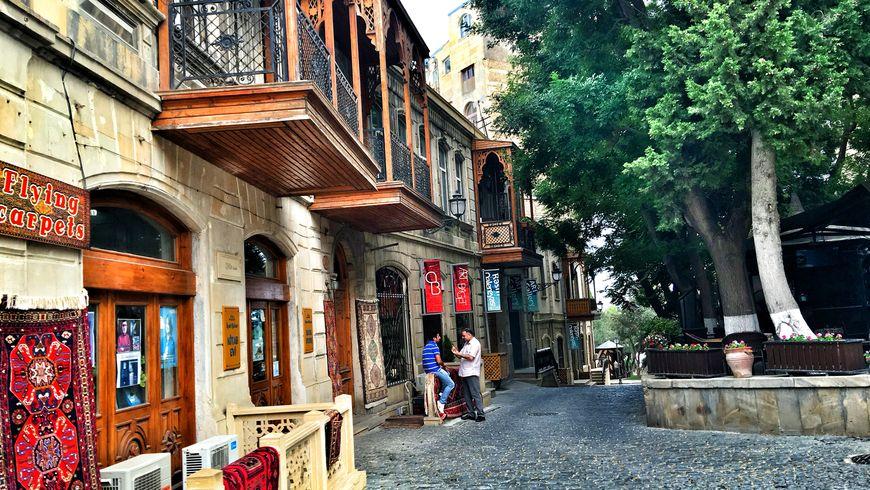 Узнать Баку за 3 часа - экскурсии