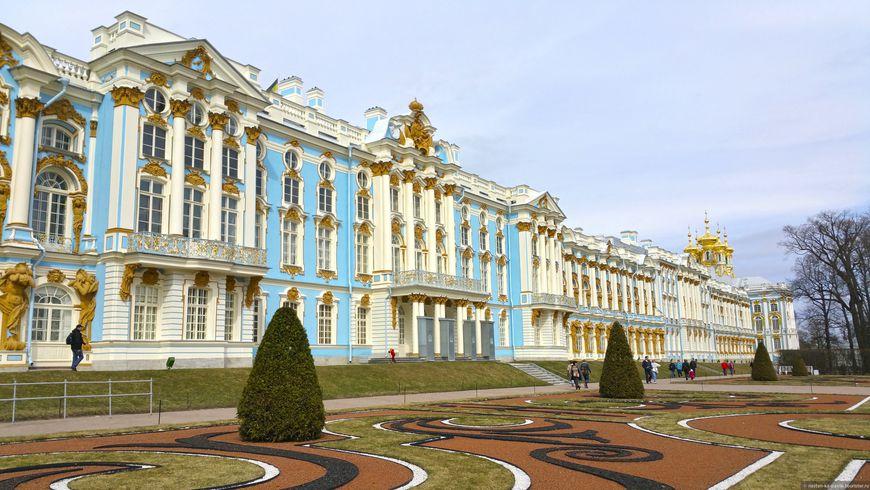Блестящий Екатерининский дворец - экскурсии