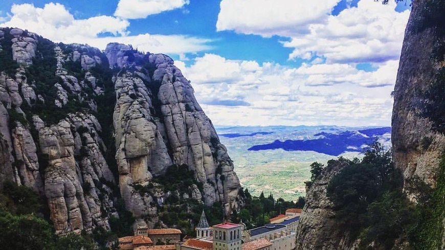 Гора Монсеррат и винный дом Торрес - экскурсии