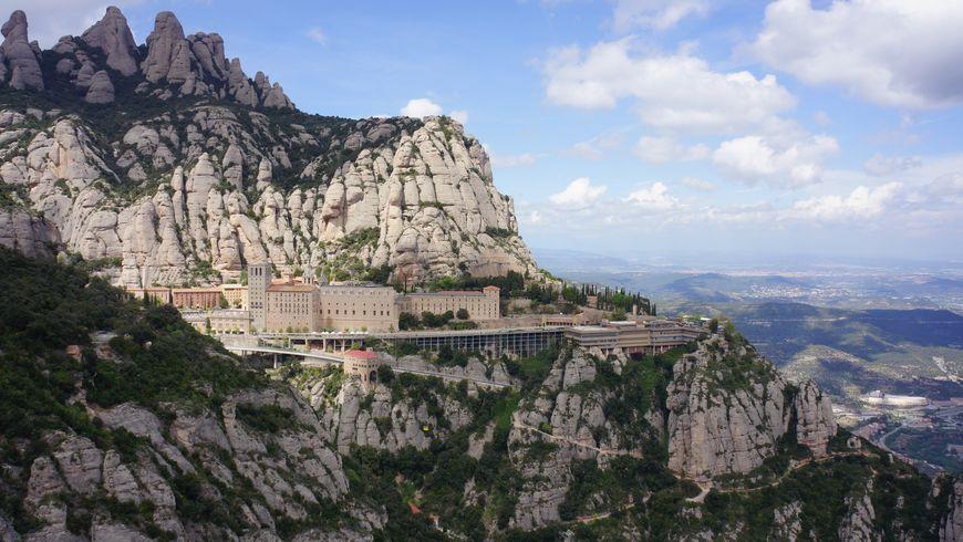 За чудесами к Черной деве на гору Монсеррат - экскурсии
