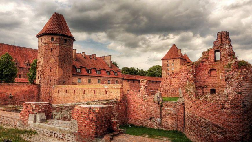 Путешествие к замкам Тевтонского ордена - экскурсии