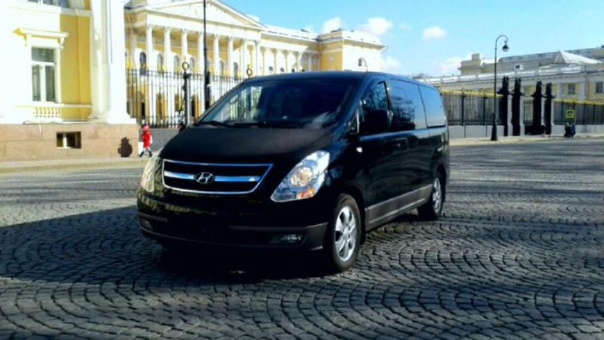Автомобильное путешествие по Санкт-Петербургу - экскурсии