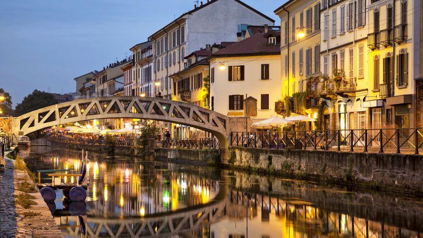 Огни Милана: вечерняя прогулка намотоцикле - экскурсии