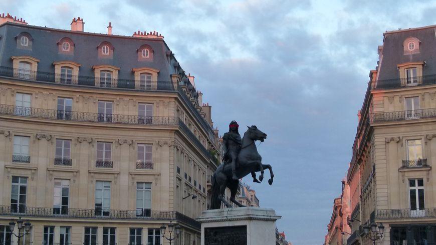 Пять королевских площадей Парижа - экскурсии