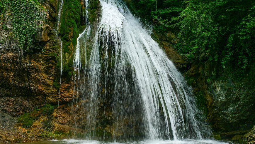 Наедине с природой: водопад Джур-Джур - экскурсии