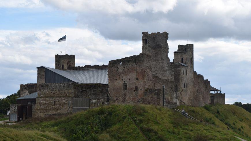 Путешествие в замок Раквере - экскурсии