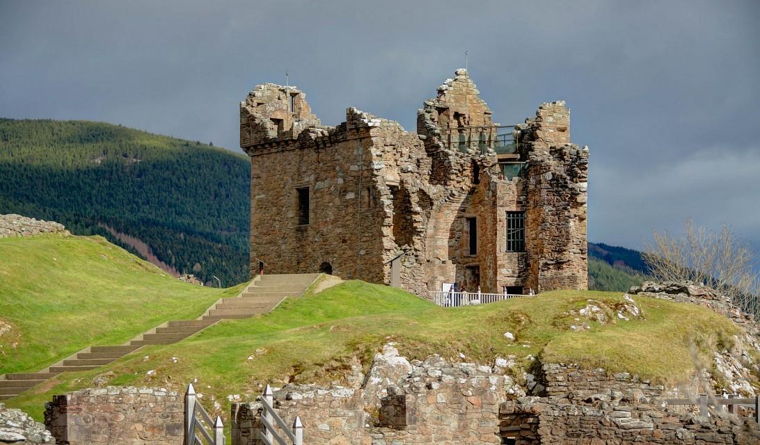 замок Уркухарт