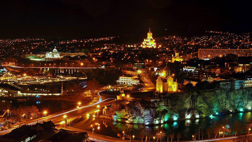 Огни ночного Тбилисо - экскурсии