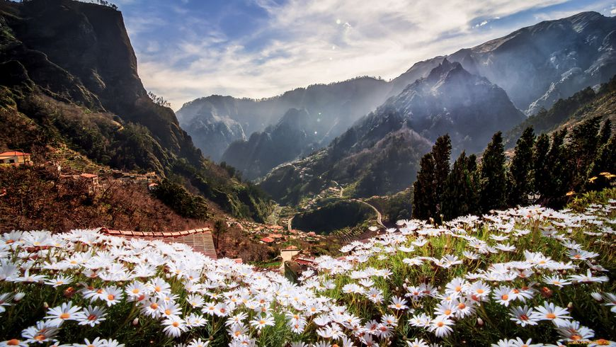 «Долина монахинь» вжерле вулкана - экскурсии