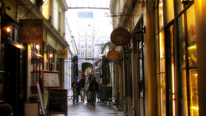 Прославленный Сен-Жермен-де-Пре - экскурсии