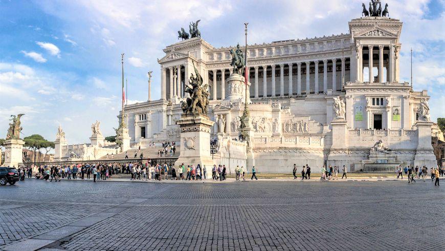 Дух Рима на его великолепных площадях - экскурсии