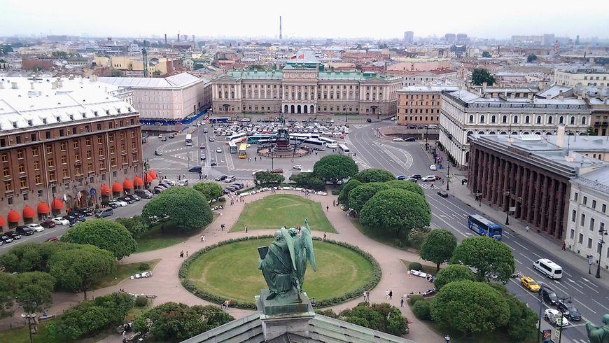История трех старейших площадей Петербурга - экскурсии