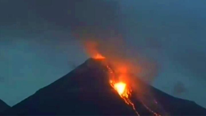 Веб-камера вулкана Колима
