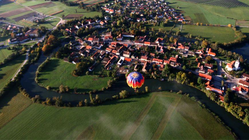 Замки и монастыри региона Доленьска - экскурсии